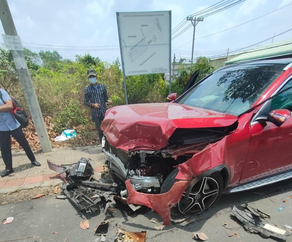 bảo hiểm vật chất xe ô tô, quy tắc bảo hiểm vật chất xe ô tô,mua bảo hiểm vật chất xe ô tô, phí bảo hiểm vật chất xe ô tô