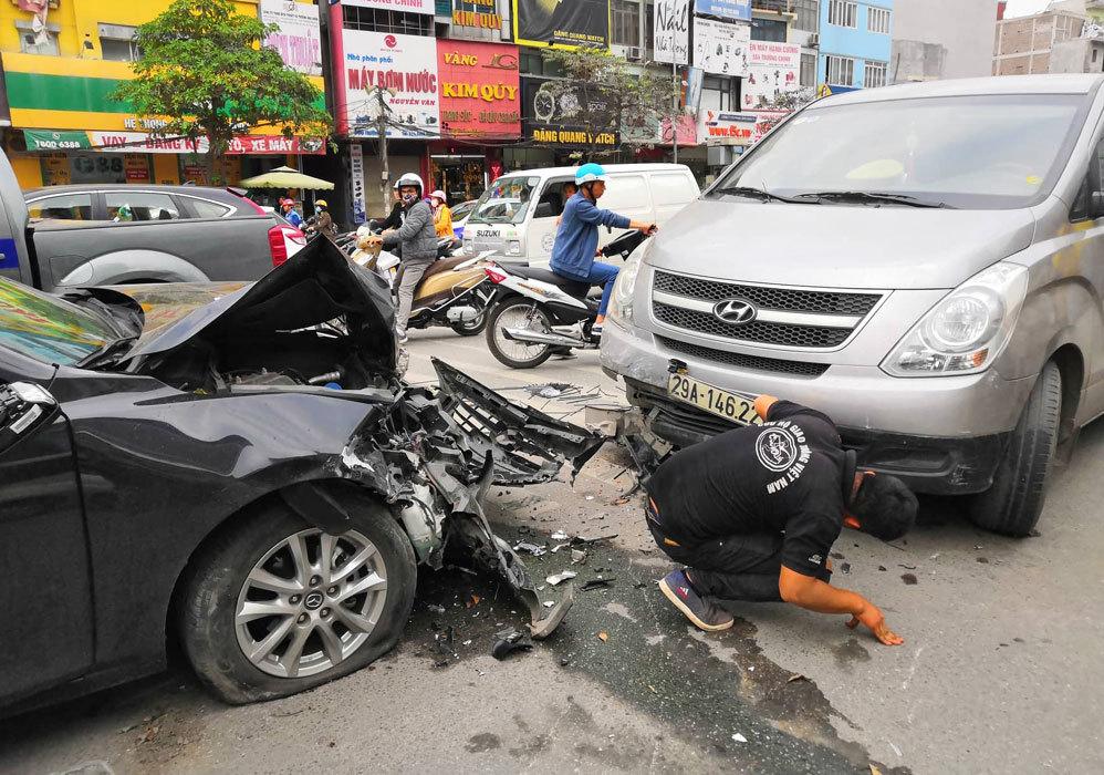 bảo hiểm vật chất xe ô tô,phí bảo hiểm vật chất xe ô to 2020,bao hiem vat chat xe oto,phí bảo hiểm vật chất xe ô tô,cách tính phí bảo hiểm vật chất xe ô tô,