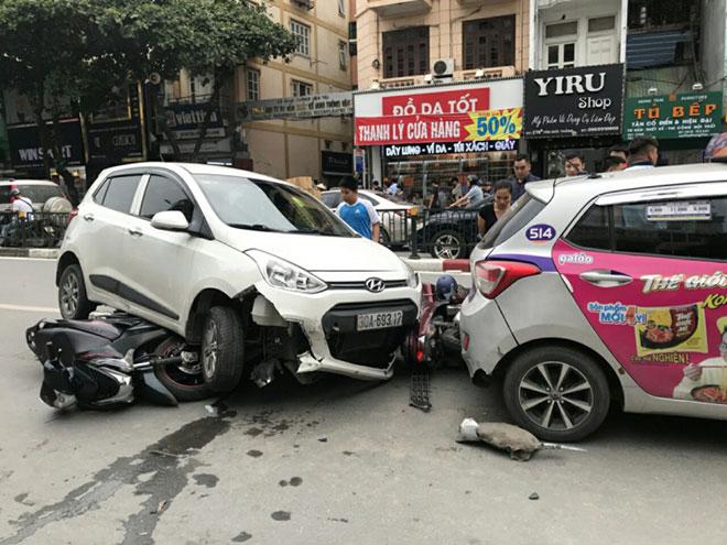 phí bảo hiểm xe ô tô bắt buộc,bảo hiểm bắt buộc xe ô tô 5 chỗ,bieu phi tnds,phí bảo hiểm dân sự xe ô tô,giá bảo hiểm dân sự ô tô,phí bảo hiểm tnds xe ô tô