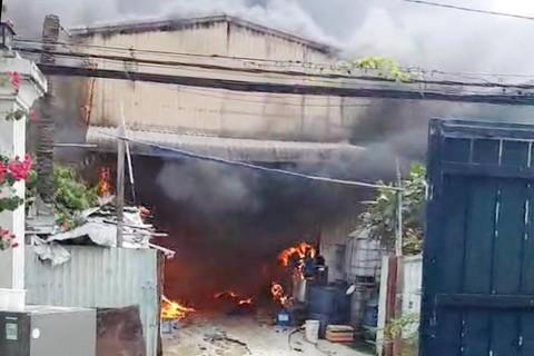 cháy nhà xưởng ở sài gòn tháng 10 năm 2021