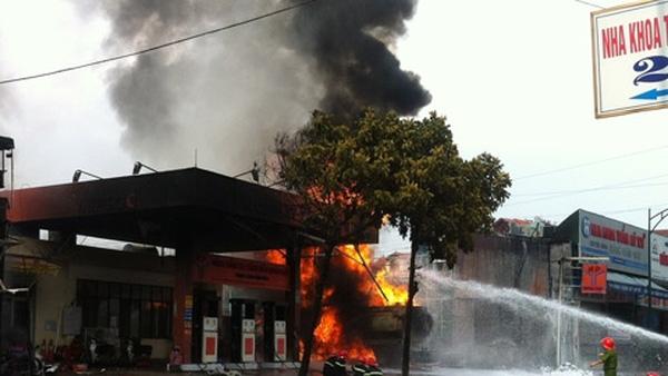 bảo hiểm cháy nổ cây xăng