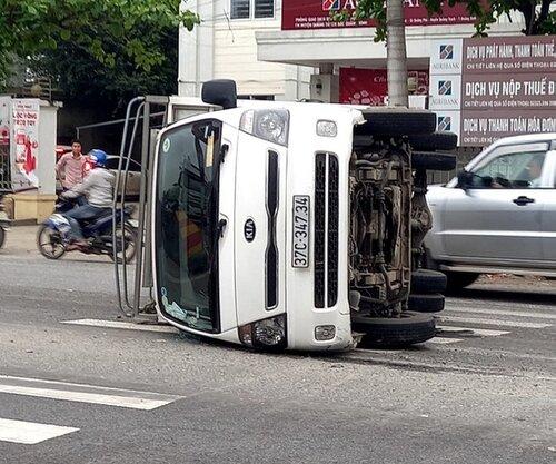 bảo hiểm thân vỏ ô tô,bảo hiểm thân vỏ,bảo hiểm thân vỏ xe ô tô,giá bảo hiểm thân vỏ ô tô,bảo hiểm thân vỏ oto,mua bảo hiểm thân vỏ ô tô