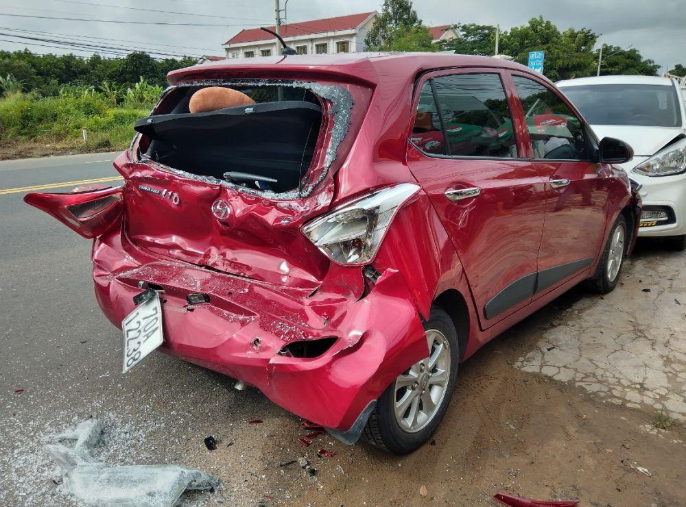 quyền lợi khi mua bảo hiểm thân vỏ ô tô
