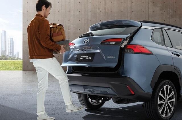 Giá bảo hiểm thân vỏ ô tô Toyota cross