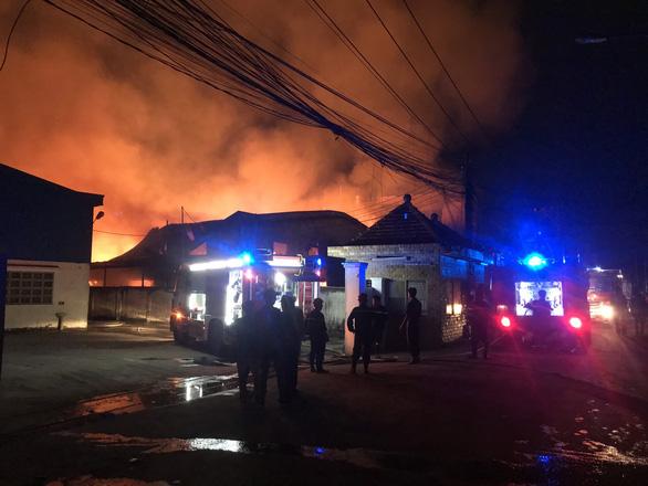 Thiệt hại nặng của 13 vụ cháy nhà xưởng năm 2020