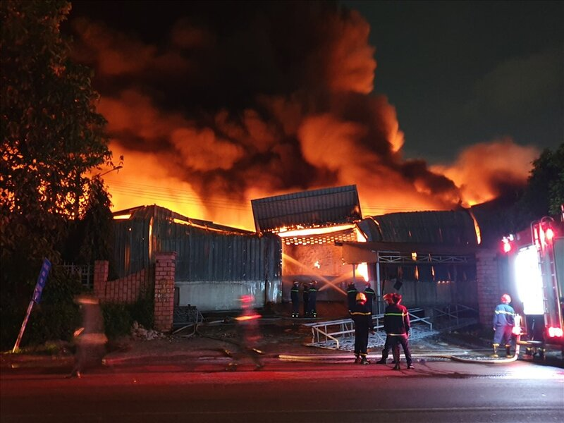Mua bảo hiểm cháy nổ cho doanh nghiệp